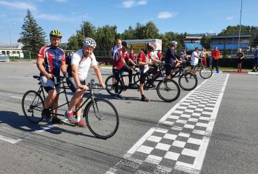 Tandēmu riteņbraukšana